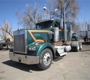 Cheap 2004 #Kenworth W900l #Heavy_Duty_Truck in Fort Collins @ http://www.cheaptruckstrader.com