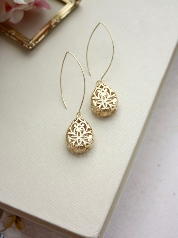 Hey, I found this really awesome Etsy listing at https://www.etsy.com/il-en/listing/183359803/gold-filigree-earrings-gold-lace