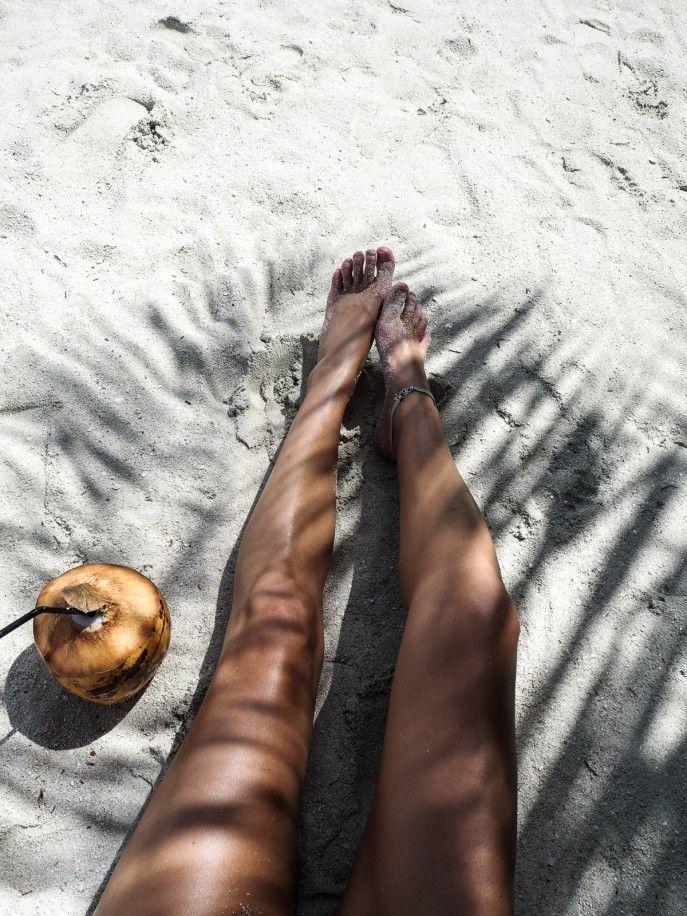 THEME / Beach Daze . . .put a lime in the coconut and shake it all up . . . (@farewellfiance) #farewellfiance www.farewellfiance.com
