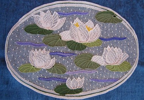 The Ninfee. In my enchanted world there is a garden with a small pond where water lilies bloom... .