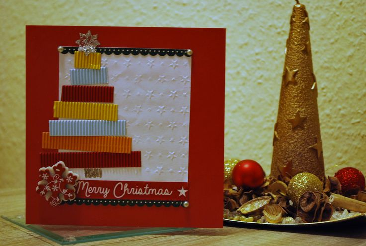 DYI Christmas card with a colorfoul Christmas tree with Merry Christmas washi tape