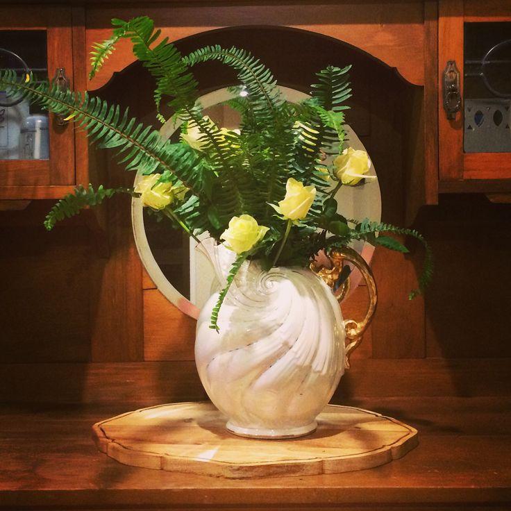 #flowers #fern #roses #stylingbyplacesandgraces