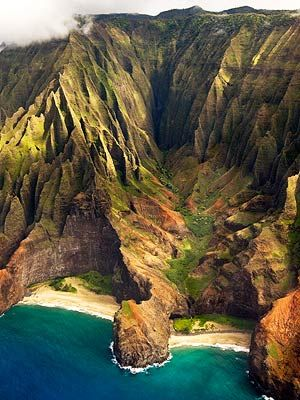 The Napali Coast nourishes the soul. Kauai's famous coastline is truly majestic, featuring emerald green pinnacles towering along the shoreline for 17-miles.