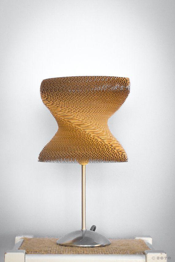 Recycled Cardboard Desktop Lamp | ZETAestudiotaller