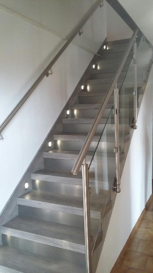 escalier b ton changer vielle moquette relooker marches spots limons 01100 gex annecy lyon st. Black Bedroom Furniture Sets. Home Design Ideas