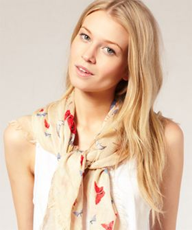 Love scarves during the summer :)