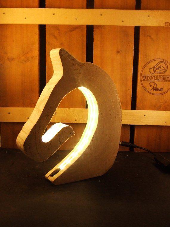 Pferd Lampe Von Anna Pallowa Und Led Pferde Lampe Pferd Lampe Schreibtischlampe Naturholz Unbearbeitet In 2020 With Images Beautiful Desk Types Of Wood Desk Lamp