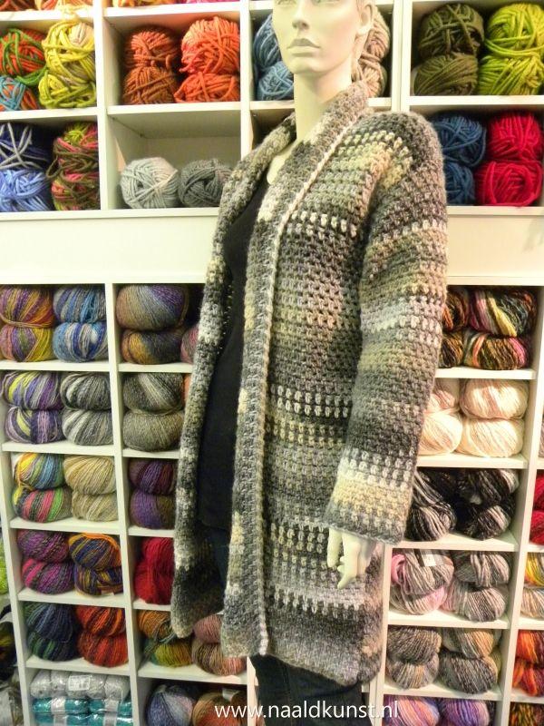 Azteca vest, heerlijk vest van een meerkleurig garen. Het is