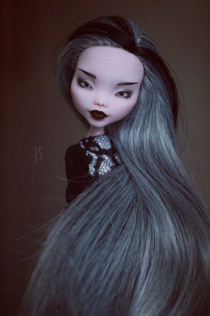 OOAK Monster High Draculaura by Juli Sidorova #OOAKbyJuliSidorova #JS #JuliSidorova #OOAKMonsterHigh #MonsterHigh #OOAK #Doll #ООАКМонстерХай #МонстерХай #Дракула #Draculaura #OOAKDraculaura