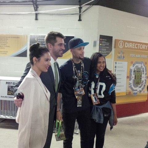 Aaron Rodgers, Olivia Munn, Steph Curry and Wife -- Green Bay Packers quarterback Aaron Rodgers and girlfriend Olivia Munn took some time at the Super Bowl to pose with Steph Curry and his wife for a photo.