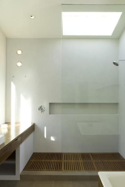 Wood / Bathroom / Craftsmanship