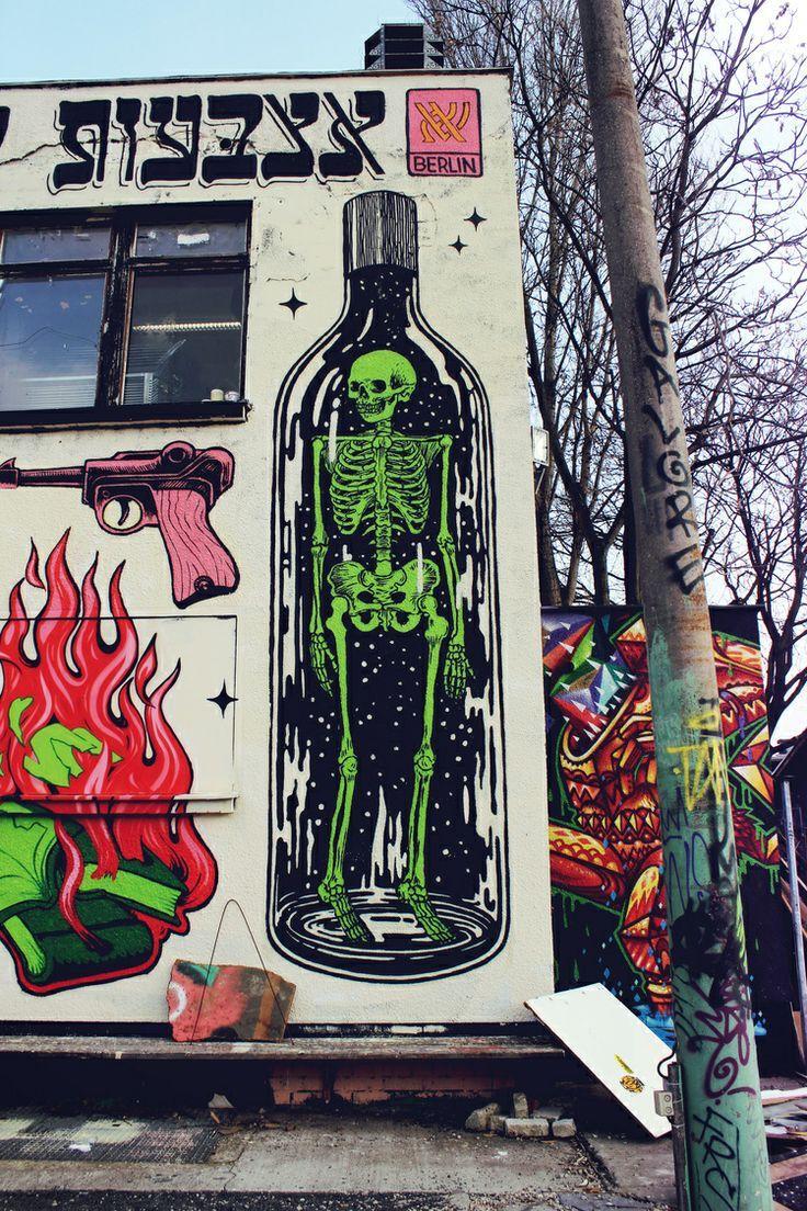 Street Art In Friedrichshain Berlin Tanks That Get Around Is An Online Store Offering A Selection Of Murals Street Art Street Art Graffiti Urban Street Art