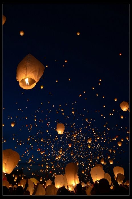 25 best ideas about sky lanterns on pinterest maci bookout net worth love photography and. Black Bedroom Furniture Sets. Home Design Ideas