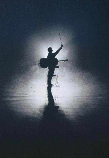 Best 25 cello photography ideas on pinterest violin for Ballade pour violoncelle et chambre noire