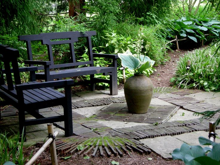 Exceptional Best 25+ Garden Sitting Areas Ideas On Pinterest | Brick Pathway, Pathway  Ideas And Backyard Sitting Areas
