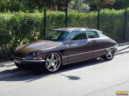 Insolite : une Citroën DS Pallas version sport