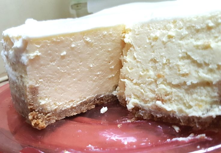 Creamy and Dense New York Cheesecake in a instant pot  // THE recipe from This Old Gal