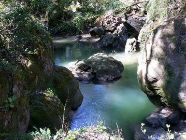Un giorno alla cascata delle Marmore #giruland #diario #viaggio #diariodiviaggio #raccontare #scoprire #condividere #turismo #blog #travelblog #fashiontravel #foodtravel #matrimonio #nozze #lowcost #risparmio #trekking #panorama #emozioni #umbia #cascata #marmore