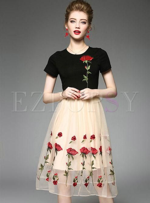 #Ezpopsy - #Ezpopsy Brief Fashionable Knitted Splicing Gauze Rose Short Sleeve Skater Dress - AdoreWe.com