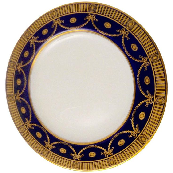 12 Spode Cobalt and Gilt Porcelain Dinner Plates | From a unique collection of antique and modern dinner plates at https://www.1stdibs.com/furniture/dining-entertaining/dinner-plates/