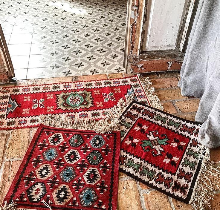 Folk details Afganistan Design interior bohostyle floor