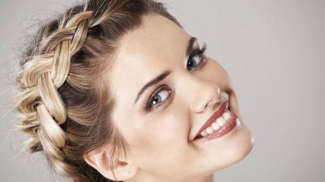 Yunan Saç Örgüsü ve Örgülü Saç Stilleri - Güzellik - magkadin.com