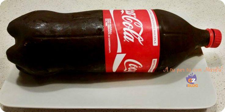 La Torta Gelato Coca Cola è un sorprendente dolce ideale per stupire gli ospiti formato da un esterno di cioccolato ed un ripieno morbido e cremoso