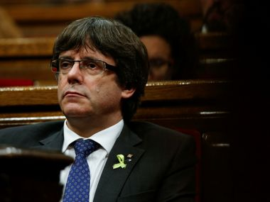 Catalan leader Carles Puigdemont could be offered asylum by Belgium claims immigration minister