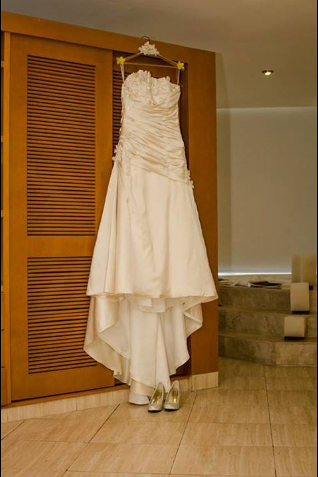 The dress on display in the #presidentialsuite