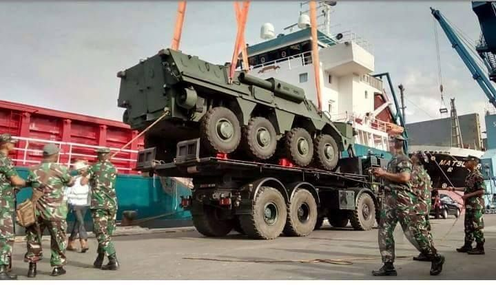 Panser Amfibi BTR-4M Pesanan Korps Marinir TNI AL Tiba Di Indonesia | http://www.hobbymiliter.com/4118/panser-amfibi-btr-4m-pesanan-korps-marinir-tni-al-tiba-di-indonesia/