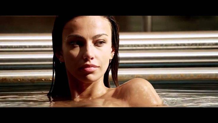 VIDEO Scene NUD Mădălina Ghenea-Filmul Youth  România 20 noiembrie 2015.