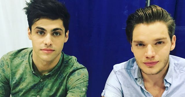 Matthew Daddario (Alec Lightwood) and Dominic Sherwood (Jace Wayland/Lightwood/Morgenstern/Herondale)