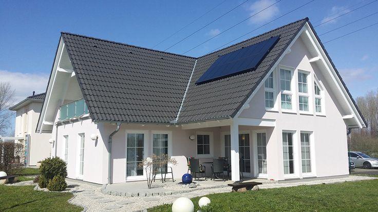 STREIF http://www.unger-park.de/musterhaus-ausstellungen/leipzig/galerie-haeuser/detailansicht/artikel/streif-parzelle-17/ #musterhaus #fertighaus #immobilien #eco #umweltfreundlich #hauskaufen #energiehaus #eigenhaus #bauen #Architektur #effizienzhaus #wohntrends #zuhause #hausbau #haus #design #ungerpark #leipzig #streif
