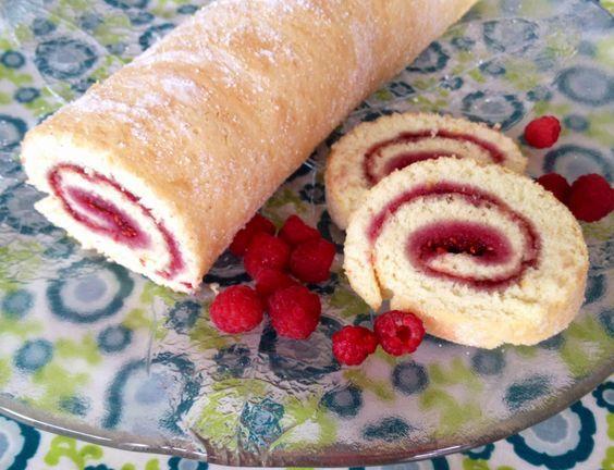 Nemme og lækre opskrifter der virker: Lækker klassisk roulade (hindbærroulade)