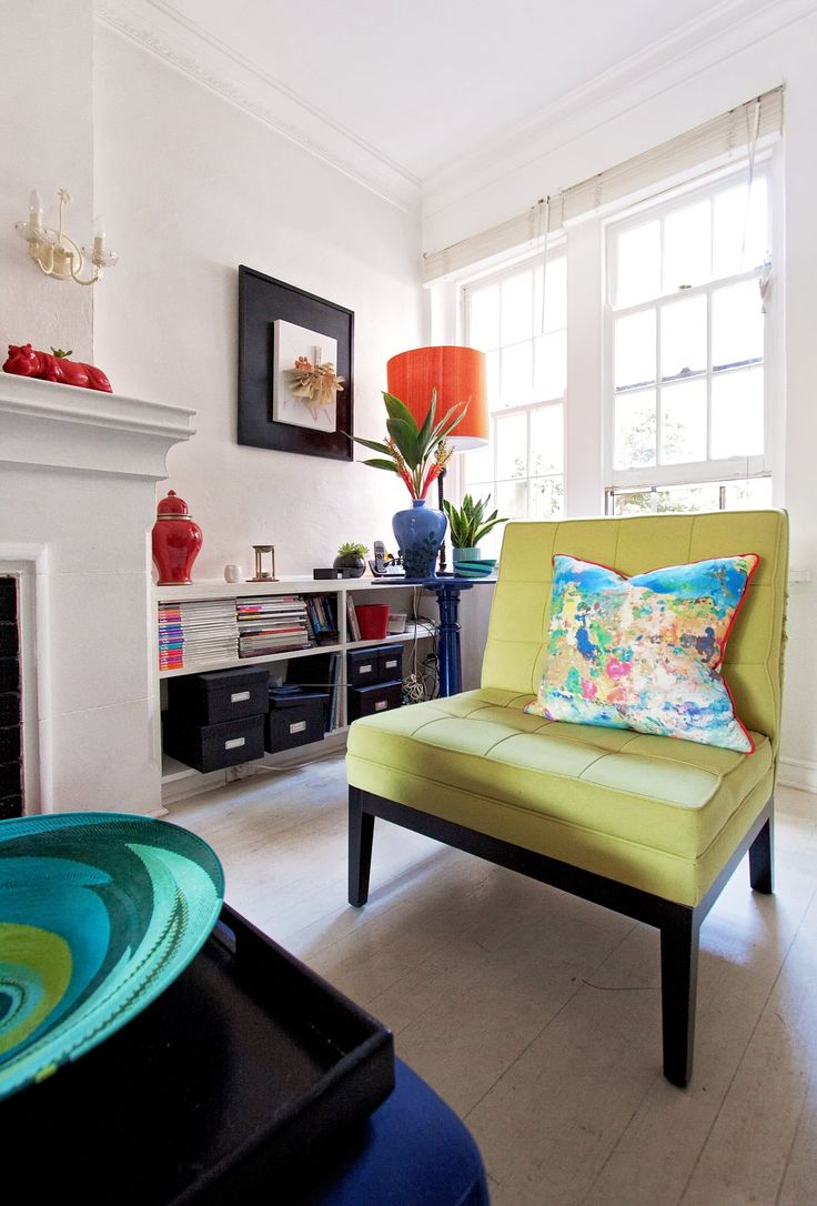 Camilla's Colorful Bayside Rental in Melbourne Home