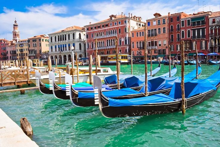 The best tour of Italy! http://www.tuscanychic.com/traveling-in-tuscany/the-best-tour-of-italy