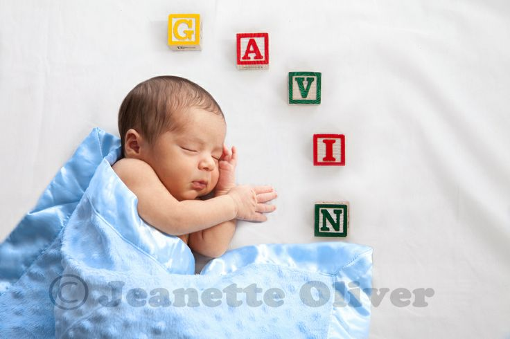 10dayold babyboy with his name in blocks see more of my photography ideasnewborn