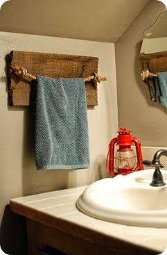 Perchero rústico para el baño.Muy sencillo de hacer!