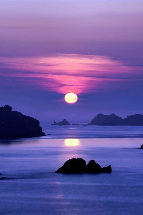 Le soleil se lève sur la côte de l'île d'Ouessant | Finistère | Bretagne | #myfinistere