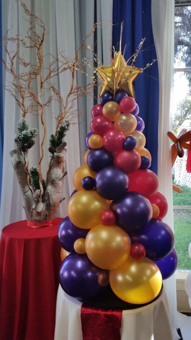 Best christmas balloon decor images on pinterest
