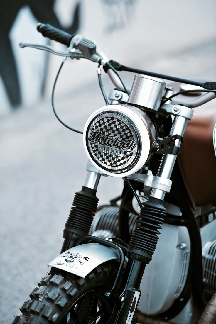 Best motorcycle handlebars - Cafe Racers Scramblers Street Trackers Vintage Bikes And Much More The Best