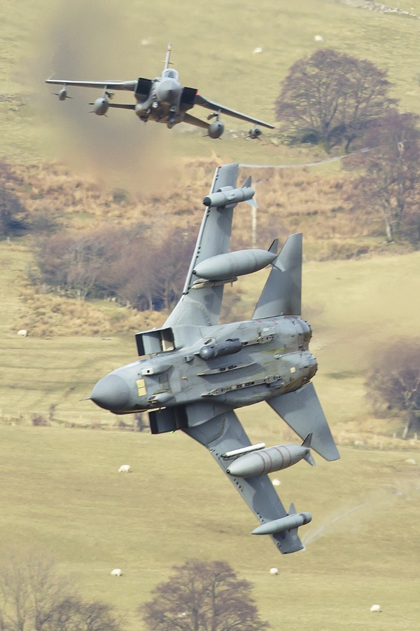 """""""APOLLO SPLIT!!"""" RAF Tornado GR4 from 41(R)Sqn at Coningsby perform a hard break at low level through Mid Wales..250 feet..420 knots.."""