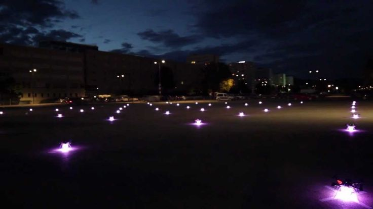 49 quadrocopter in outdoor-formation-flight / Ars Electronica Futurelab ...