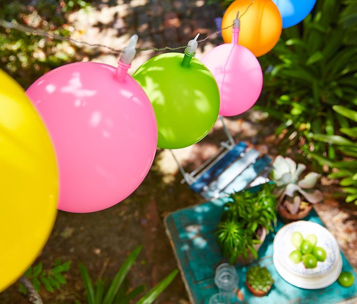 LED-Lichterkette mit Luftballons online bestellen bei Tchibo 315433