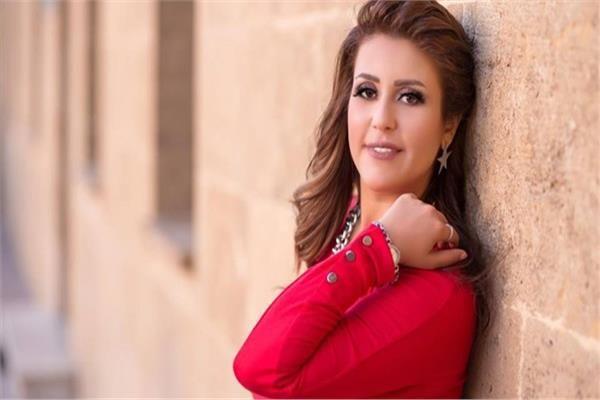الفنانة سمر محمد متولى دخلت مدرسة والدى الفنية قبل ورش التمثيل