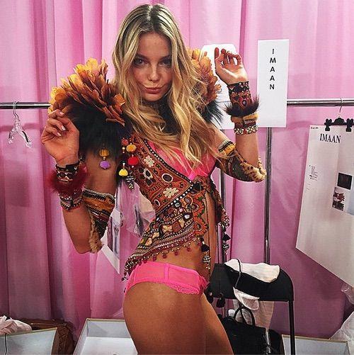 Image via We Heart It #angel #beautiful #blonde #eniko #EnikoMihalik #fashionshow #funny #girl #hungarian #lingerie #london #loveit #model #pink #style #Victoria'sSecret