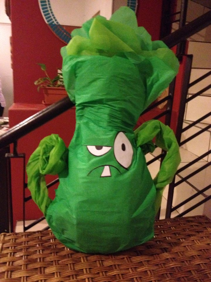 87 best birthday party plants vs zombies images on pinterest piata plantas vs zombies plants vs zombies party voltagebd Image collections