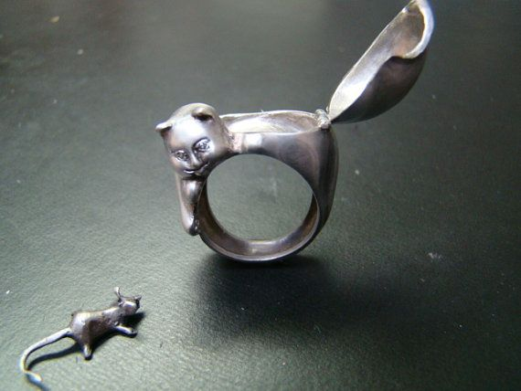Cat Poison ring, Sterling Silver and diamond eyes with mouse.