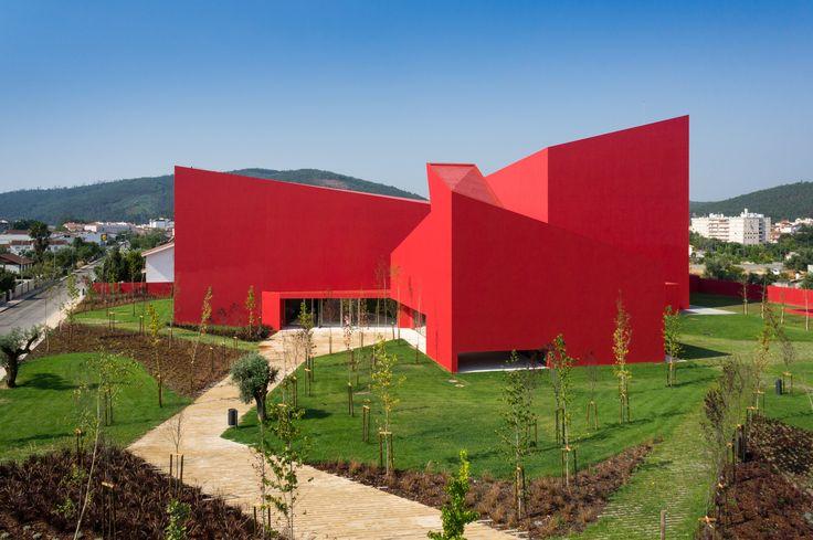 Casa das Artes / Future Architecture Thinking - Miranda do Corvo, Portugal