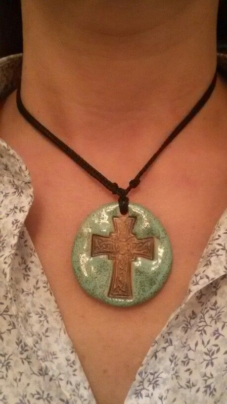 Colgante cruz celts